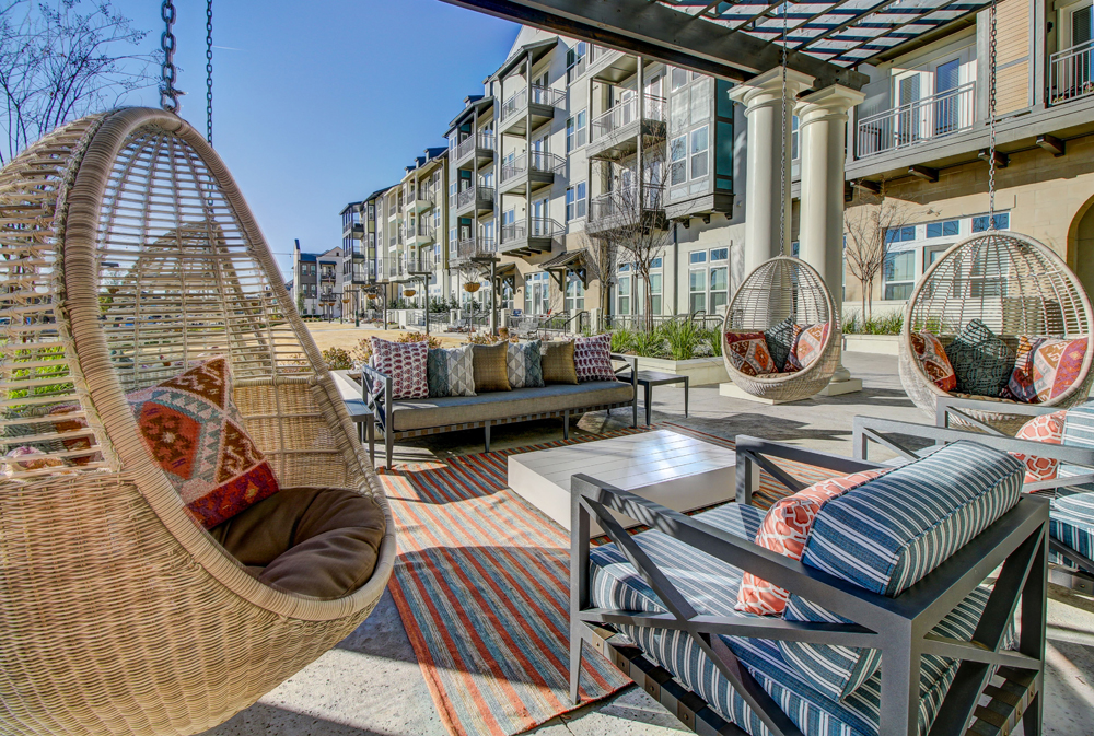 Luxury Apartments in Frisco TX | The Maxwell | Home